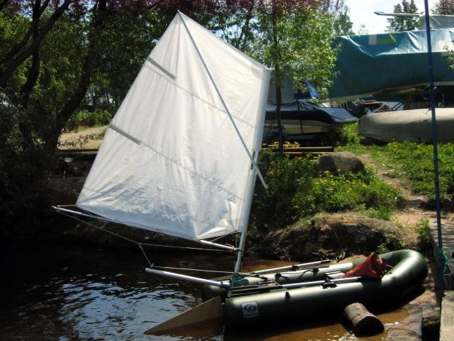 как сделать парус на лодку видео