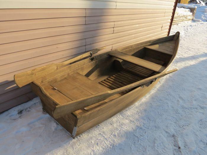 плоскодонная лодка из дерева