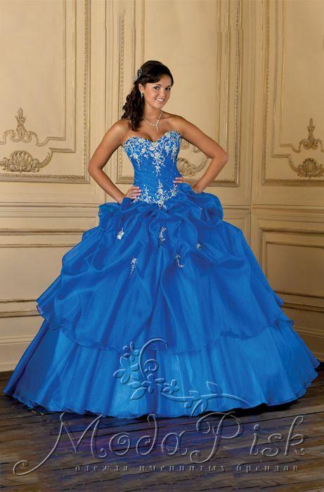 Купить пышное голубое платье