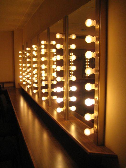 Как сделать свет в зеркале