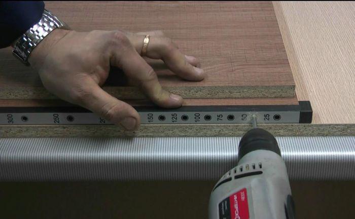 Кондуктор для сборки корпусной мебели своими руками